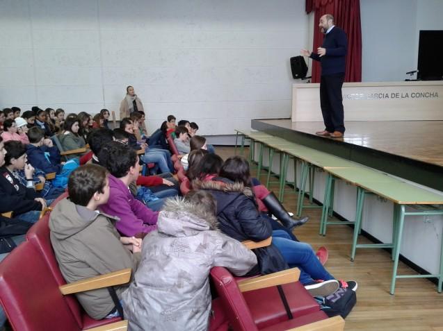 Fernando Lalana charla con el alumnado de 1º y 2º